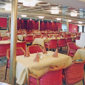 Stena-Olympica-Restaurant-Olympos